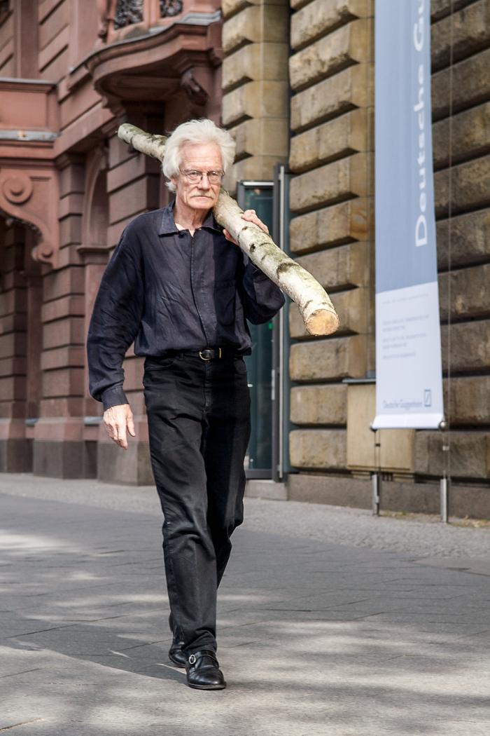 Fried Rosenstock: Rosenstock trägt Birkenstock